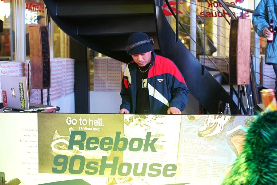 Reebok 90s House Special Live リーボック 90s ハウス スペシャルライブ DJブース