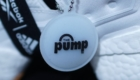 インスタポンプ フューリー ブースト(Instapump Fury Boost) ブラック&ホワイト Black & White 白/ホワイト キーホルダー THE pump