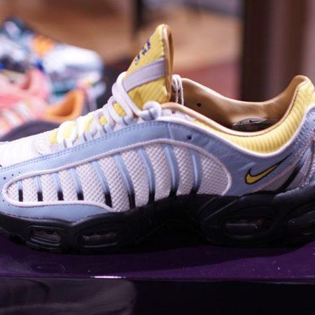 Sneakersnstuff AIR MAX TAILWIND 4 エアマックス テイルウィンド 4