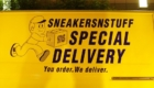 Sneakersnsuff SNS スペシャルデリバリー トラック