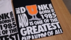 UNDEFEATED BORN IN 1985 SS TEE アンディフィーテッド Tシャツ